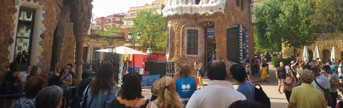 Guided tours in Park Güell